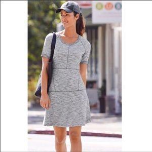 Athleta En Route Marled Athleisure Grey Dress